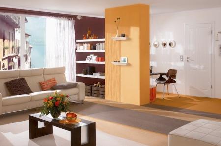 Bilder, Vasen oder andere Lieblingsstücke können auf den Wandkonsolen ansprechend platziert werden. (Foto: epr/Saarpor)