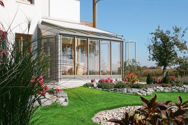 Professionell geplant kann ein Wintergarten bei seinen Bewohnern dauerhaft für Glücksmomente sorgen. (Foto: epr/Wintergarten Fachverband e.V.)