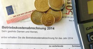 Betriebskostenabrechnung: Die sogenannte zweite Miete kann das Haushaltsbudget stark belasten. Foto: djd/Interessenverband Mieterschutz e.V.
