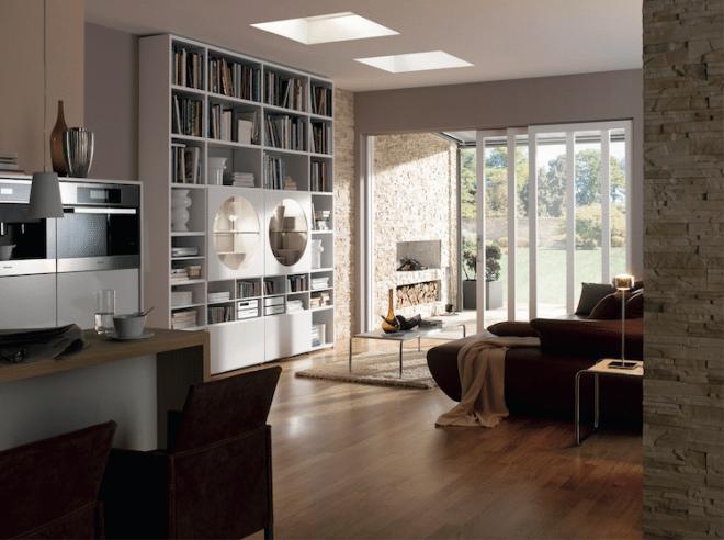 Flachdach-Fenster machen das Leben in Bungalows mit viel Licht und frischer Luft deutlich angenehmer. Foto: Velux Deutschland GmbH/akz-o