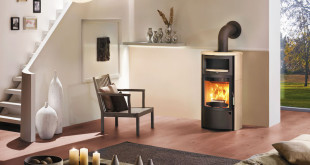 Innovative Verbrennungstechniken beim Kaminofen sollten unter der Maxime der Umweltverträglichkeit und Effizienz im Umgang mit dem Brennstoff Holz stehen. Foto: djd/HARK GmbH & Co. KG