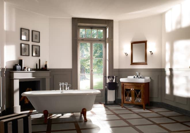 Wo sich Tradition und Moderne treffen: Bei der Badmöbelkollektion Hommage begegnen sich Stilelemente aus dem 20. Jahrhundert und innovative Technik – für ein Bad zum Wohlfühlen. (Foto: epr/Villeroy & Boch)