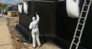 Keller müssen nach den Vorgaben der DIN 18195 gegen Feuchtigkeit geschützt werden. Für alle vorliegenden Belastungen haben sich Bitumendickbeschichtungen, unter anderem BORNIT-Profidicht 1K S, bewährt. Bild: tdx/Bornit