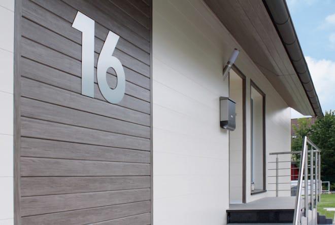 Einladend und stilvoll: Dieses Entree erstrahlt mithilfe der dekodeck-Verkleidungsprofile in neuem Glanz. (Foto: epr/profil dekor)