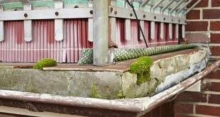 Balkonen setzt die Witterung dauerhaft zu. Die Folge sind Abplatzungen, Risse und Beschädigungen, die sogar die Tragfähigkeit beeinträchtigen können. Bild: tdx/hahne Bautenschutz