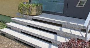 Ein neuer Natursteinbelag lässt alte Eingangstreppen in neuem Glanz erstrahlen. Foto: djd/dress Treppen-Renovierungssysteme GmbH