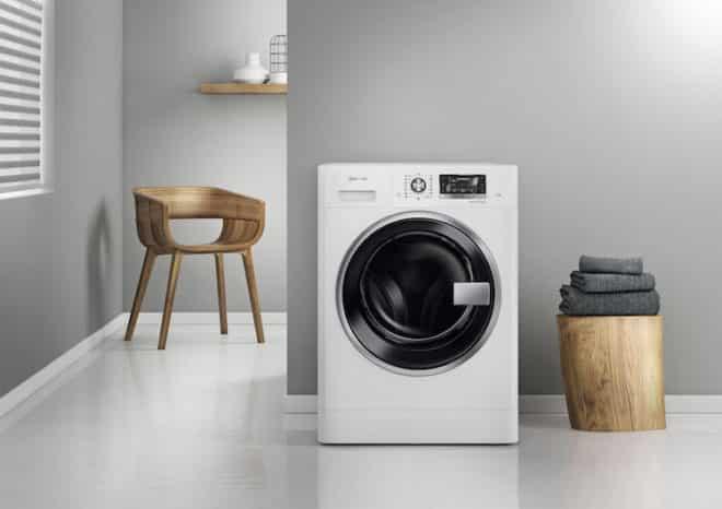 Sogenannte Waschtrockner vereinen auf engstem Raum alle Vorzüge eines freistehenden Trockners und einer Waschmaschine. Foto: djd/Bauknecht