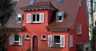 Eine effiziente Wärmedämmung macht Altbauten energieeffizienter und wohnlicher - Ursache für Schimmelprobleme ist sie nicht. Foto: djd/puren