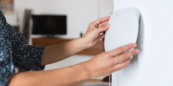 Mechanische Haussicherheit ist die Basis eines guten Einbruchschutzes - daneben gibt es Funkalarmanlagen, die man leicht selbst installieren kann. Foto: djd/ABUS
