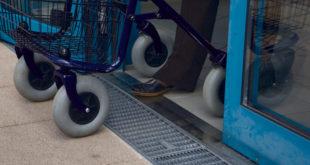 Bauen für Generationen: Schwellenlose Übergänge erleichtern das Hinein- und Hinausgehen um ein Vielfaches. (Foto: epr/Gutjahr Systemtechnik GmbH)