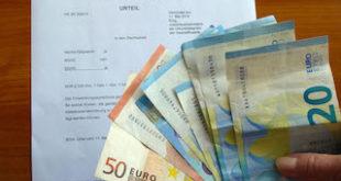 """Im Volksmund wird die Nebenkostenabrechnung auch oft als """"zweite Miete"""" bezeichnet. Foto: djd/Interessenverband Mieterschutz e.V."""