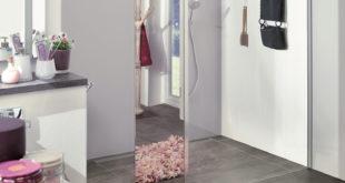 Dank des integrierten Spiegelglases erhält man zusätzlich noch einen Ganzkörperspiegel im Bad. Foto: Kermi GmbH/akz-o
