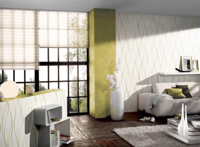 Entscheidend für eine einladende Atmosphäre ist die Wahl der Farbkombination. Ein freundliches Ambiente entsteht beispielsweise mit Grün und Weiß. Besonderes Highlight ist hier, dass der Grünton in den filigranen Strukturen der weißen Tapete wieder aufgegriffen wird. Das rundet die Raumgestaltung ab. Bild: tdx/A.S. Création Tapeten AG