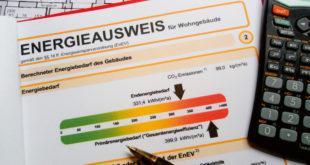 Maßnahmen zur Energieeinsparung sind vom Bundesbauministerium in den strengen Anforderungen der Energieeinsparverordnung, kurz EnEV, festgelegt. (Foto: epr/WIRUS Fenster)