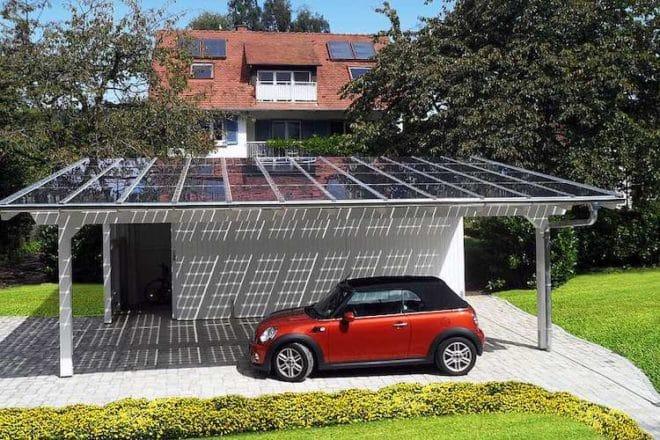 Elektroautos können umweltfreundlich zu Hause aufgeladen werden.