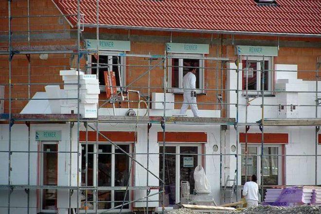 Mit dem Klimapaket sollen Altbauten auf den neuesten Stand gebracht werden.
