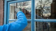 Zu der beruflichen Verpflichtung kommt noch die Reinigung von Haus, Hof und Garten hinzu.