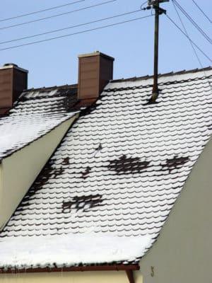 Eine ordentliche Dach-Dämmung spart Energiekosten und Schimmelbildung